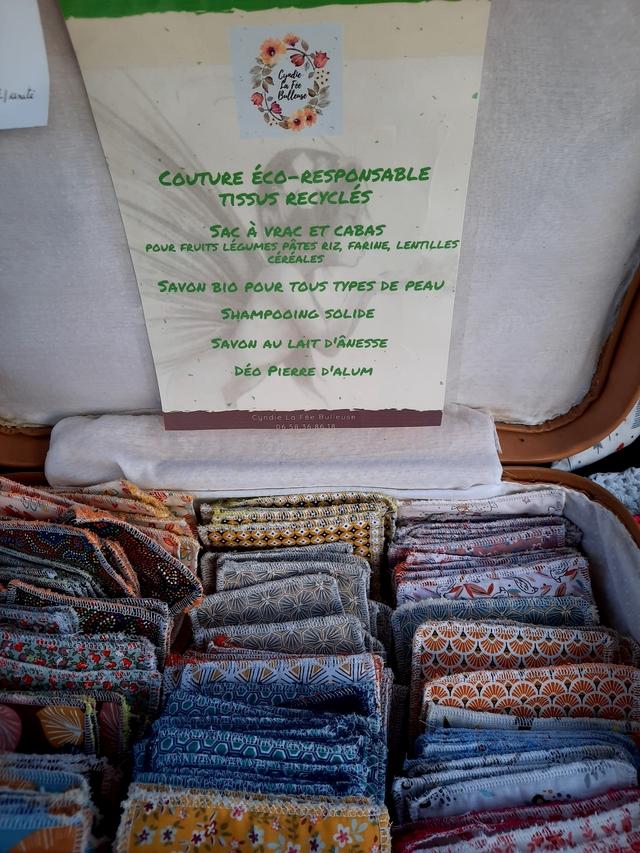 Cyndie Bulleuse ECO-RESPONSABLE RECYCLES SAC A VRAC ET CABAS POUR FRUITS LEGUMES PATES RIZ, FARINE, LENTILLES CEREALES SAVON POUR TOUS TYPES DE PEAU SOLIDE SAVON LAIT DEO PIERRE Cyndie La Fee Bulleuse 6 86.18 A A