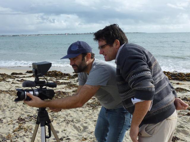 Jean-Marie PERON, jeune réalisateur au cours du tournage du film ELLE