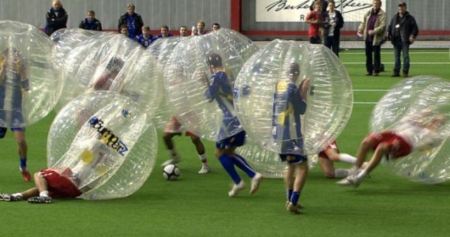 match de bubble football
