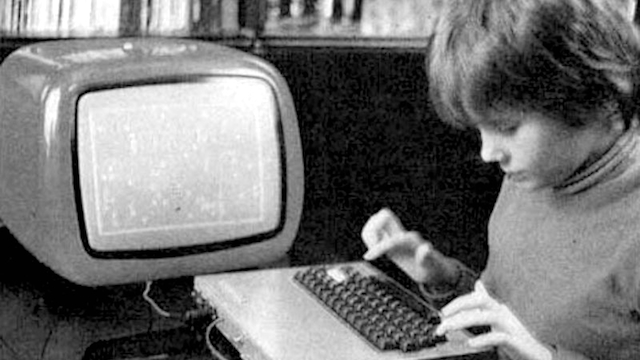 an analysis of the 1990s the personal computer topic and the social computer revolution The microcomputer revolution (or personal computer business, music, social use to surge during the 1990s — by 1997 us computer ownership stood at 35%.