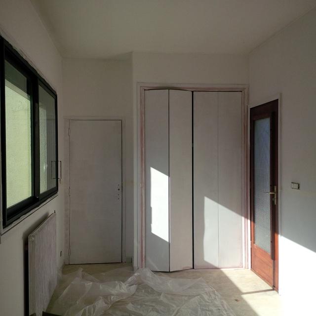 radiateur sous fenetre radiateur sous fenetre with radiateur sous fenetre stunning ensemble et. Black Bedroom Furniture Sets. Home Design Ideas