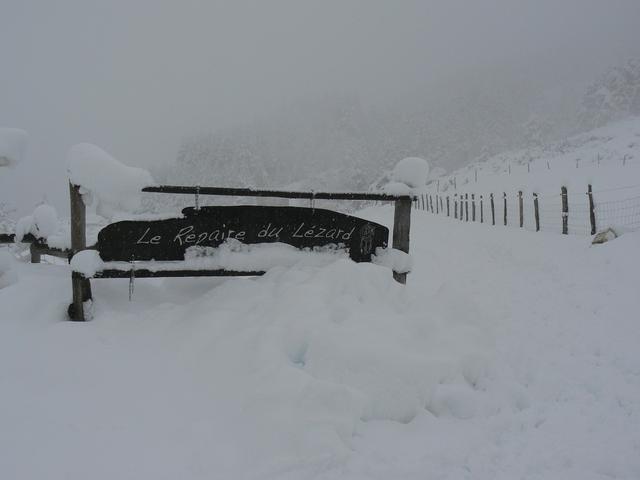 la pancarte du Repaire l'hiver